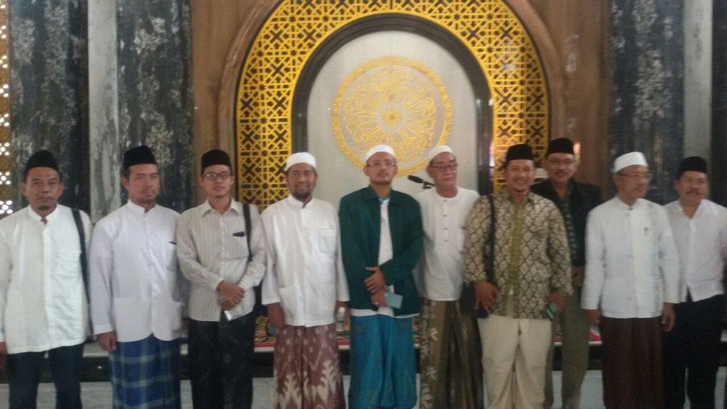Ziarah Makam Syaichona Kholil Bangkalan