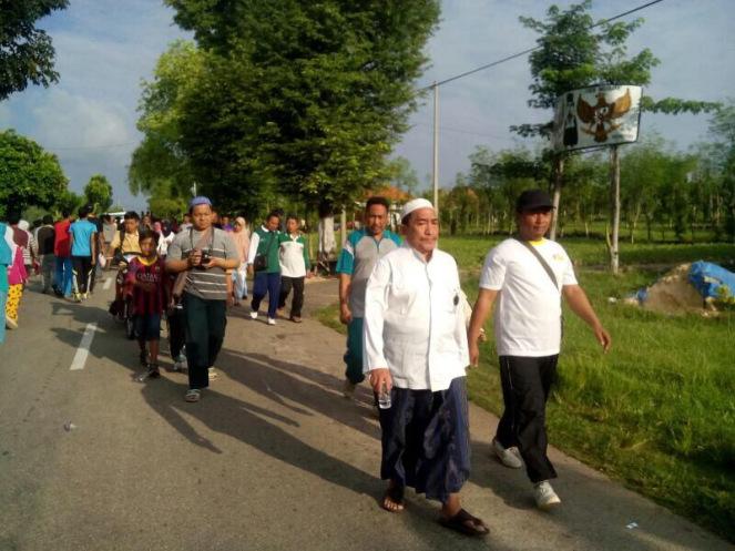 Ribuan Warga Ikut Jalan Sehat Peringati Harlah NU di Bluto