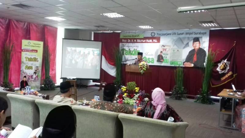 Profesor Ridwan Nasir Luncurkan Biografi Menyongsong Takdir, Meniti Asa