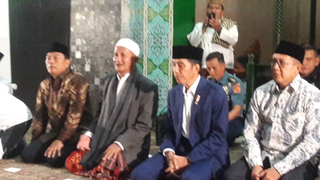 Presiden di Bumi Shalawat, Ajak Santri Jaga NKRI