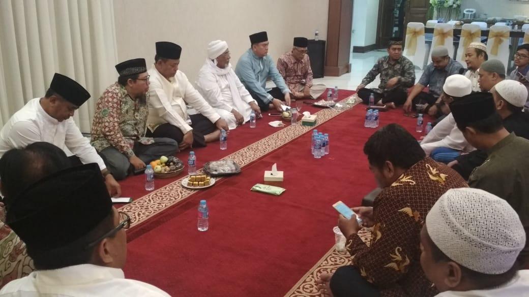 Gandeng Ulama Jatim Agar Jawa Timur Tetap Kondusif
