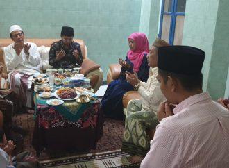 Kiai Nawawi Sidogiri Terima Kunjungan Gubernur Khofifah