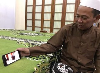 Kisah Gus Karim Pembimbing Umrah Jokowi