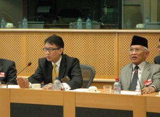 Gus Mus dan Kisah Proposal untuk Pejabat