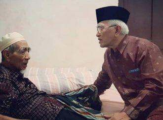 Gus Dur dan Mbah Moen, Dua Kiai Bangsa