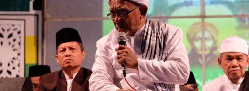 Kiai Matin Bai'at Calon Ketua DPRD dan Ketua Fraksi PKB se-Jawa Timur di PWNU