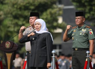 Gubernur Jatim Ajak Santri Dedikasi untuk Perdamaian