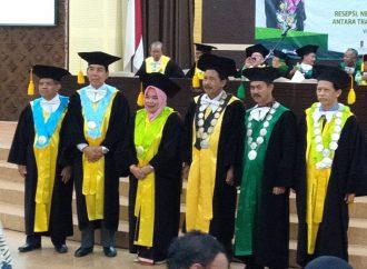 Kader Muslimat NU dari Madura, Raih Gelar Profesor di Jogja