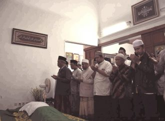 Takziah di Al-Hikam, Kiai Marzuki Mustamar: Gus Hilman Itu Rujukan