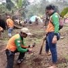 Tanam 2000 Pohon, Aksi LPBINU Mojokerto Jaga Sumber Mata Air