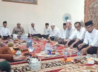 Doa Tahlil untuk Isteri Katib Syuriah, Jajaran PWNU Jatim Bertakziyah