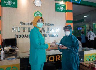 RSI Siti Hajar Terima Bantuan Aromaterapi Pelega Nafas, Ini Aksi Satgas Covid-19 NU Jatim