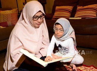 Pada Malam Jumat Baca Surat Yasin atau Al-Kahfi?
