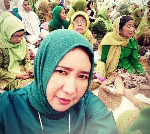 Wakil Ketua DPRD Provinsi Jawa Timur Tengah Hj. Anik Maslachah, mengucapkan selamat Harlah ke-95 untuk Nahdlatul Ulama (NU), sembari mengingat perjuangan NU